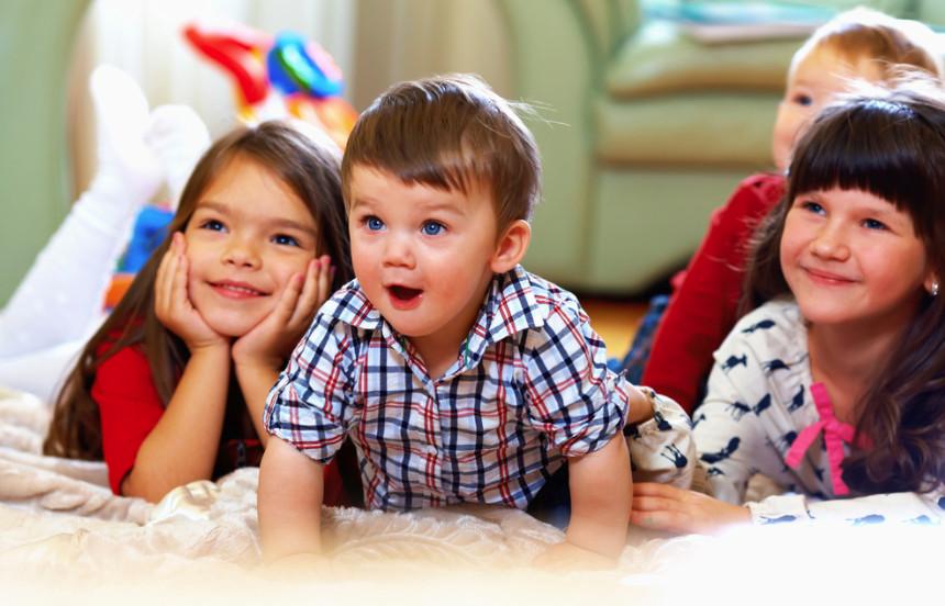 Подключение опции Управление просмотром позволяет устанавливать родительский контроль, для безопасного просмотра телевидения вашими детьми